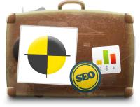 Kufr s nárazovou samolepkou s samolepkou SEO, jako ilustrace